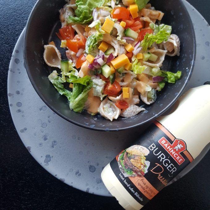 Cheeseburger pastasalat.   #hashtagmor