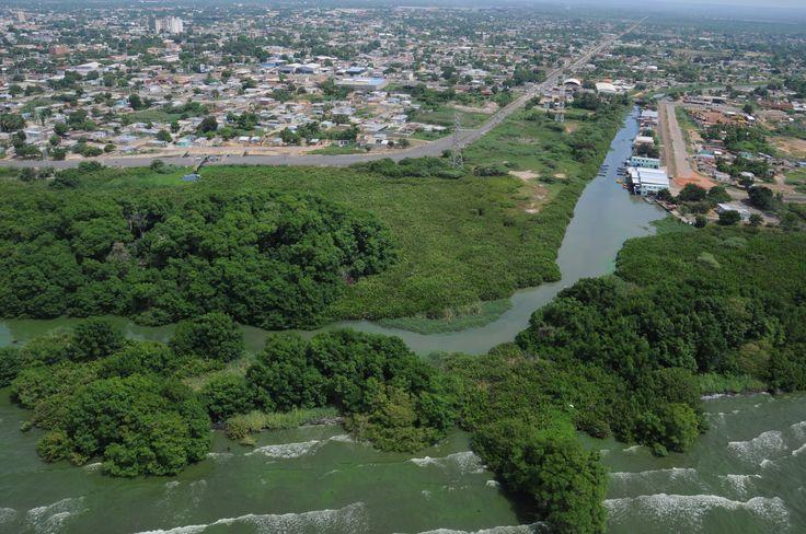 Desembocadura del Caño la O, municipio Lagunillas, Zulia