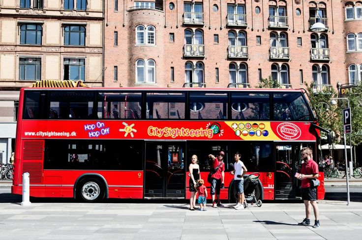 Take advantage of the conveniently located stops throughout our 3 lines and hop on and off at your leisure to discover all the things to do and see in Copenhagen with Tourboks!