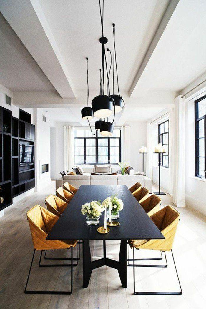 meuble de salle a manger, table de repas noire et chaises métal et toile, suspensions industrielles