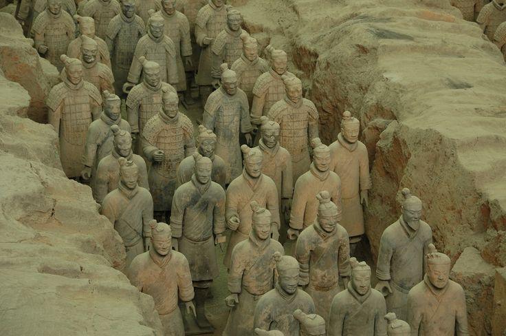 China: http://paralela45.ro/cauta/china/