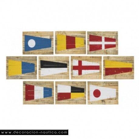 CODIGO INTERNACIONAL Con este Set de 10 Cuadros con el CODIGO INTERNACIONAL darás un aspecto marinero a tu hogar.  Medidas: Alto:29.80 x Largo:40.00 x Ancho:2.20 cm.   Peso: 0.65 Kgs.