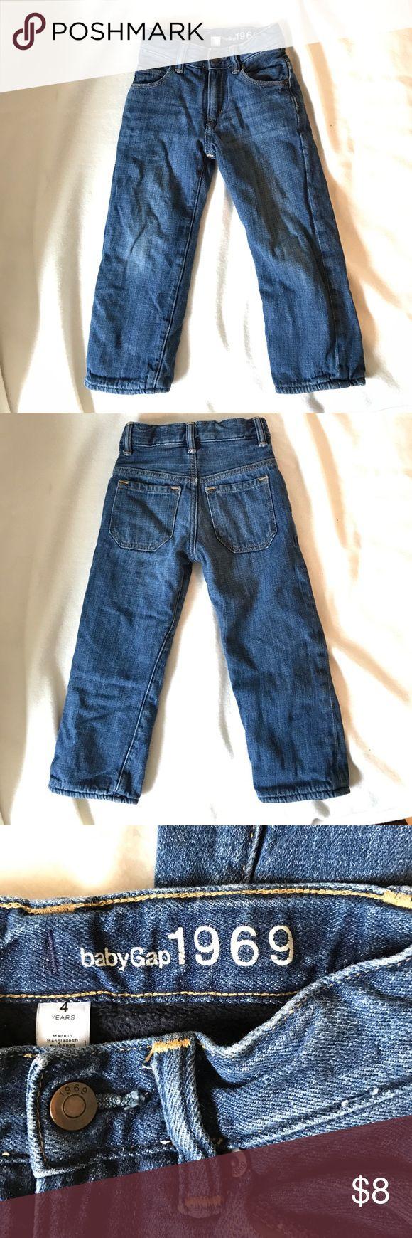 Kids Fleece Lined Jeans Size 4 Gap/Baby Gap Kids Fleece lined jeans size 4.  Gently worn.  Smoke Free Home.  Inside fleece lining is navy color.  Adjustable waist band. GAP Bottoms Jeans