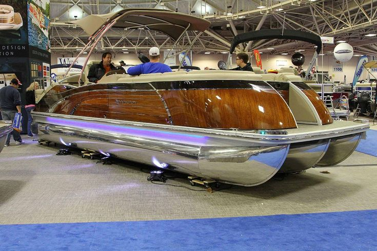 Minnesota12jpg 1244829 pontoon boat luxury pontoon