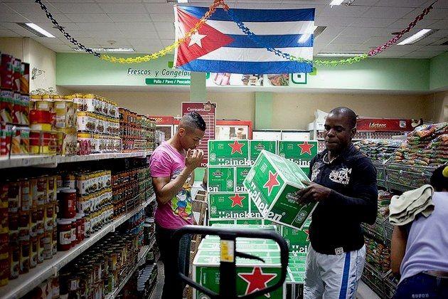 Nueva rebaja de precios en Cuba ahora para la cerveza importada Heineken