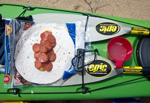 This is 8 lunches to take while kayaking or canoeing, but some of the tips would work for day trips on the weekends.