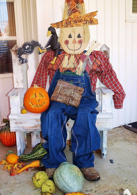 Diy Scarecrow Ideas For Fall Gardens Home And The Jays