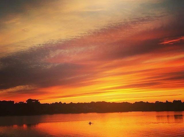 There's no limit to the sky's wow factor. Photo: @mari_mailleux #explorenb / Instagram . . . #bathurst #newbrunswick #nouveaubrunswick #explorecanada #canada #instatravel #sunsetporn #kayak #nature #water #instabeautiful