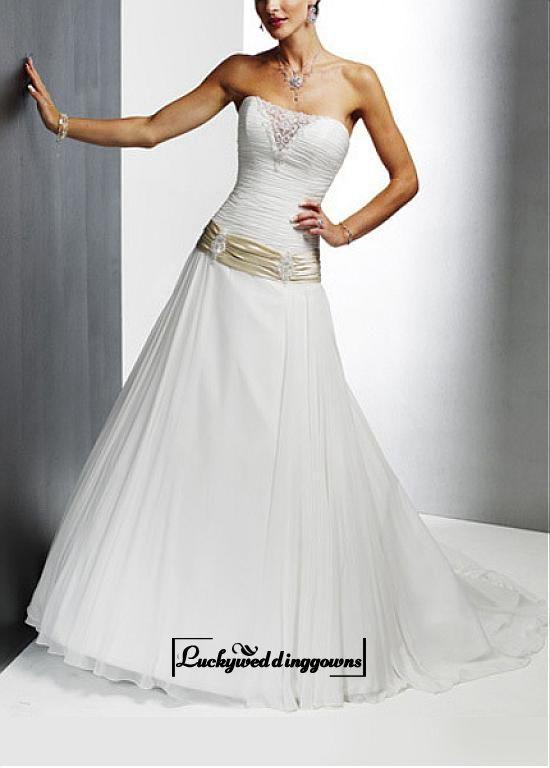 An Elegant Chiffon Illusion Sweetheart Wedding Dress