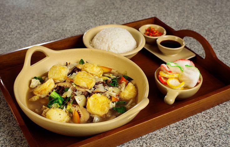 Pola Makan Sehat Disaat Anda Sibuk Dengan Pekerjaan http://www.perutgendut.com/read/pola-makan-sehat-disaat-anda-sibuk-dengan-pekerjaan/5913?utm_content=buffer4404f&utm_medium=social&utm_source=pinterest.com&utm_campaign=buffer #PerutGendut #Food #Kuliner #News #Indonesia