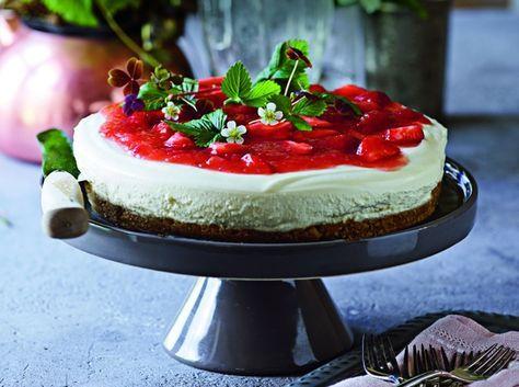 Cheesecake med rabarber og hvid chokolade