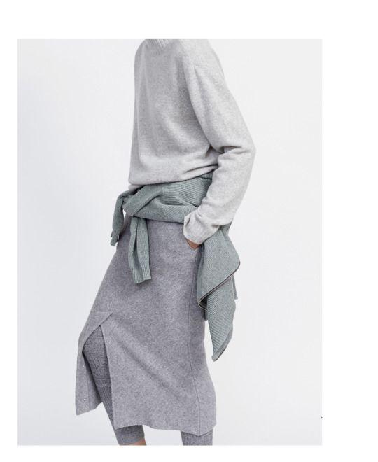 """Close Knit"" | Louise Mikkelsen By Stephen Ward For Elle Australia February 2015"