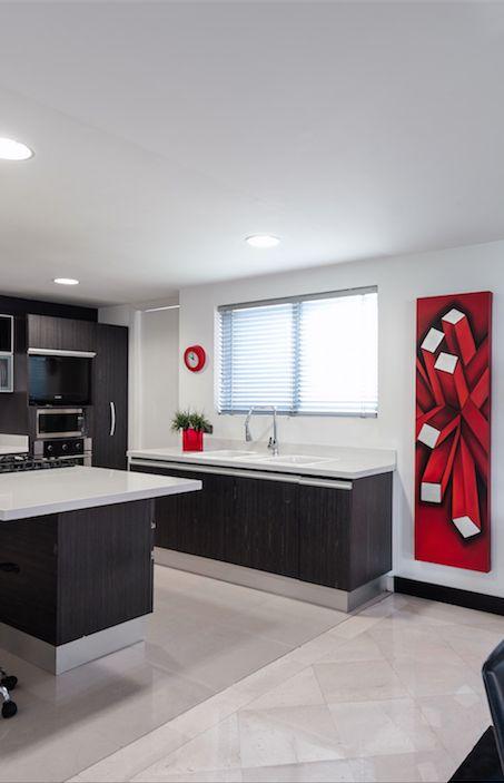 Usar pisos de la misma tonalidad y diferentes texturas para separar espacios #Corona inspira