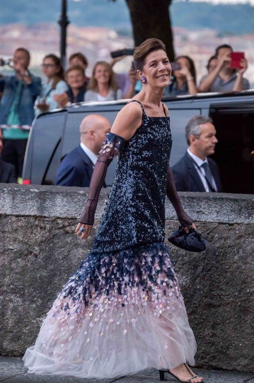 Carolina de Mónaco en la celebración previa al matrimonio religioso entre Pierre Casiraghi y Beatrice Borromeo