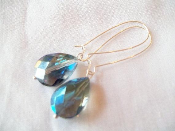 Blue Faceted Glass Kidney Wire Earrings by TheBlueEyedBeader, $14.00Wire Earrings, Jewelry Ears, Glasses Kidney, Faceted Glasses, Kidney Wire, Blue Faceted, Handmade Jewelry