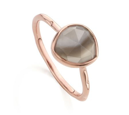 Perfect for Stacking, this delicate ring features an organic, irregular shaped multifaceted Grey Agate gemstone, set in 18ct Rose Gold Vermeil on Sterling Silver. The band has a slightly waved edge, reminiscent of the sea. The stone on this ring measures approximately 9.3mm x 9.1mm. The band measures approximately 1.5mm (0.06