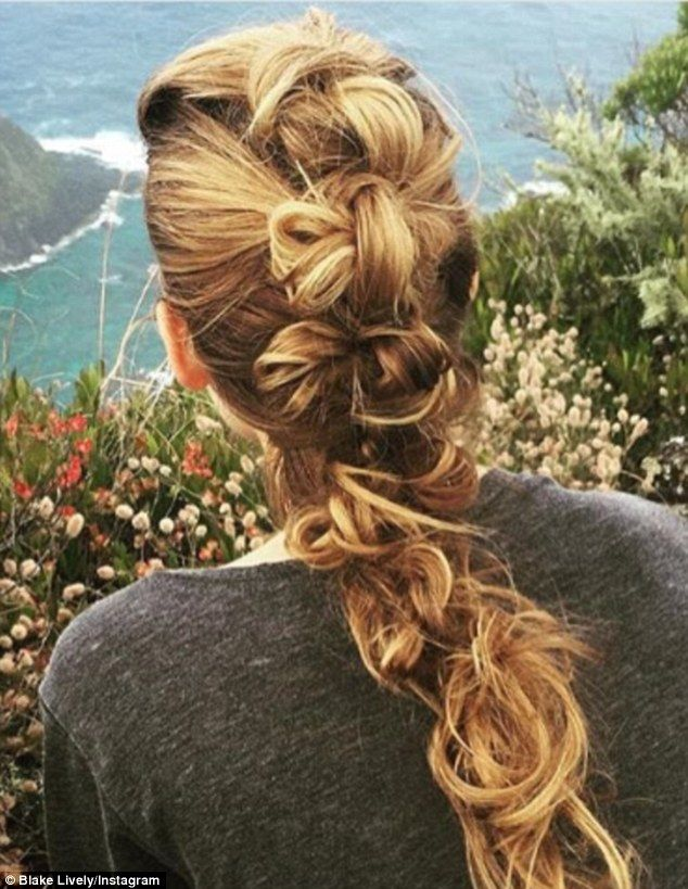 The Look: Nature-Inspired... Rod said that he dreamt up this knotted braid while the two were on a hike in Australia during the filming of The Shallows. It's no wonder that Blake has referred to the hairstylist as a 'magician'.