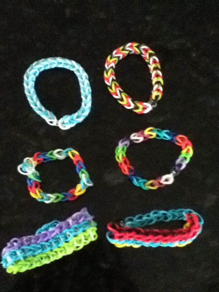 23 best crazy loom images on pinterest crazy loom loom bands and the top ones are fishtail middle are single and bottom are triple single with extension crazy loom braceletsrainbow fandeluxe Choice Image