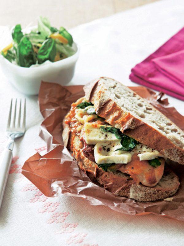 チキンとバジルのサンドイッチ