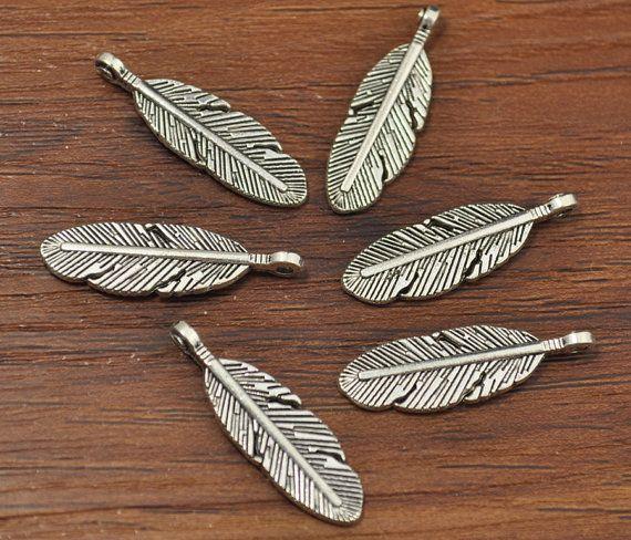 20pcs Tiny Leaf Charm,Leaf Pendant ,Floral Charm.Antique Silver Tone 9x30mm-A1275