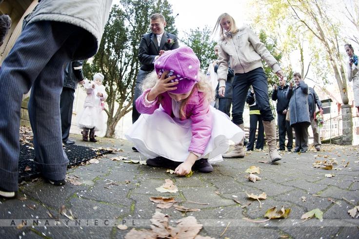 Dzieci na ślubie | https://www.facebook.com/AnnaTyniecFotografie | fotografia ślubna Wrocław | Anna Tyniec