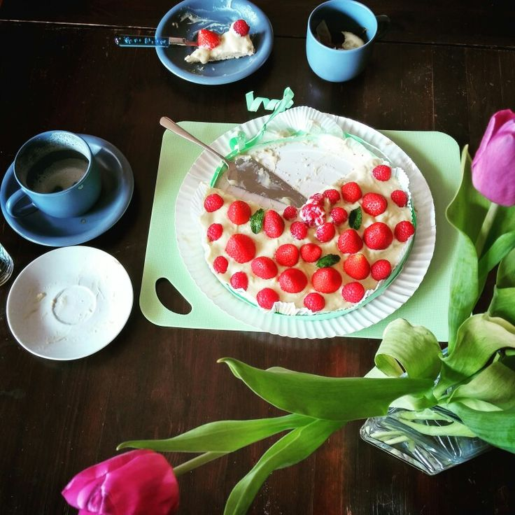 Strawberry and coffee #food #cake #breakfast #coffee #tulip #raspberry