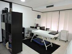 Cabina de medicina estética y micropigmentación - Bellezzia clínicas estéticas…