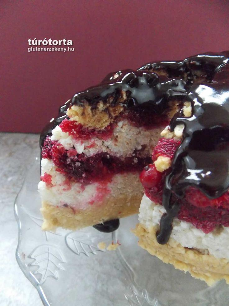 Mini gluténmentes túrótorta erdei gyümölcsökkel - sütés nélkül, édesítőszerrel