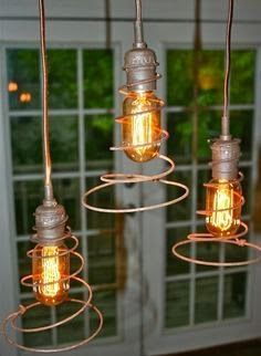 Cleanand spray with paints those old rusty bed springs on your junkyard and turn them into an amazing DIY crafts. You need not be a super...