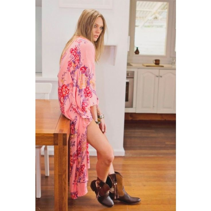 Arnhem Bowerbird - pink passion long kimono - The ultimate throw on statement piece, our head-turning Bower Bird Kimonos are feminine, floaty and distinctive. Featuring boxy traditional style sleeves, and crafted from a natural soft rayon blend, this maxi kimono is designed to feel like a great...