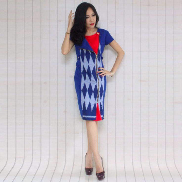 Royal blub tenun jepara dress