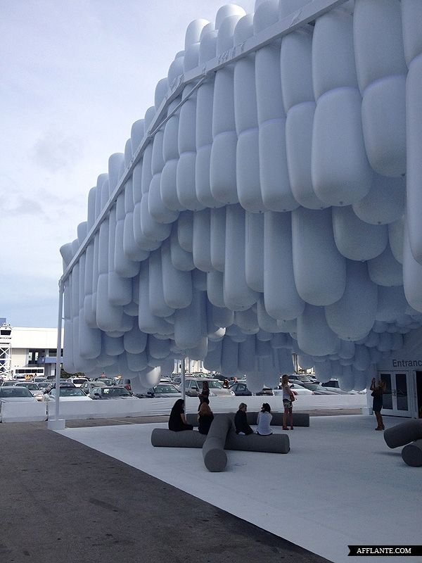 Snarkitecture has designed an inflatable pavilion, 'Drift,' for 8th Design Miami. Drift is made out of several hundred inflatable tubes to create a cavernous space, lacking any actual solid structure.