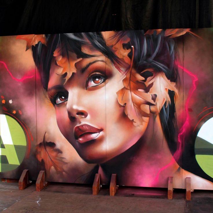Le graffeur et tatoueur multitalent et autodidacte espagnol, Xav, a réalisé une série impressionnante de peintures murales à grande échelle en Espagne. Son souci du détail se reflète dans la façon dont il procède dans son travail. Peu de créateurs maîtrisent l'habileté du tatouage et du graffiti de la façon dont Xav le fait.