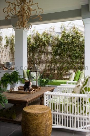 porch/outdoor furniture