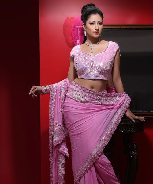 At Rakhi & Tarak, a giant pool of different designer sarees charms people from corner to corner of the world.....  check out : http://www.rakhitarak.com/