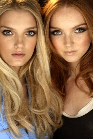 The girl on the right (red head) is so gorgeous. she looks just like Lily Cole. I'm so doing that subtle smoky eye one day for school!