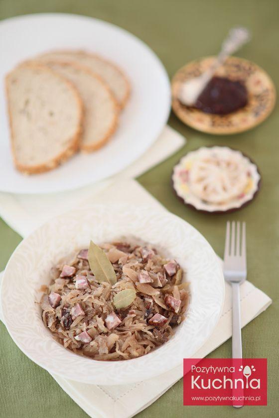 #Przepis na #bigos staropolski z kiełbasą, boczkiem i wędlinami, na świeżej i kiszonej kapuście, z dodatkiem powideł śliwkowych  http://pozytywnakuchnia.pl/bigos-staropolski/  #kuchnia #obiad