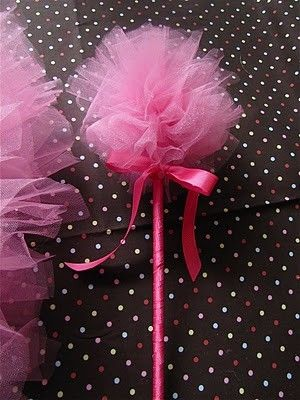 How to make a tulle puff wand