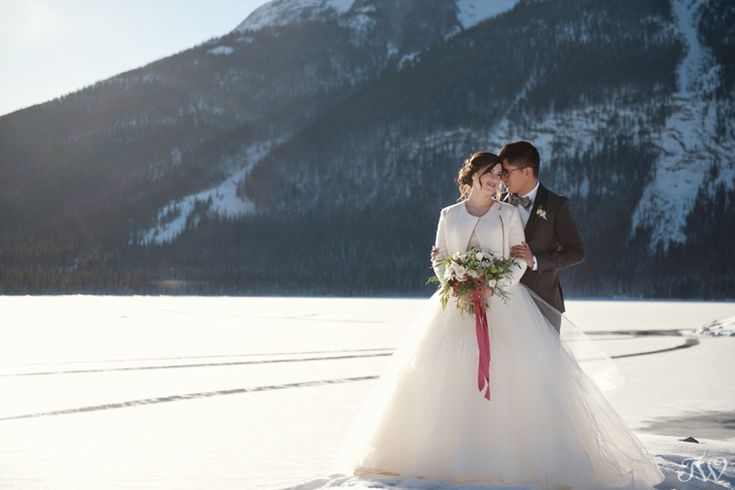 Winter wedding in the Rocky Mountains | Spray Lakes vow renewal | @flowersbyjanie | Hayley Paige gown from The Bridal Boutique | Calgary wedding photographer
