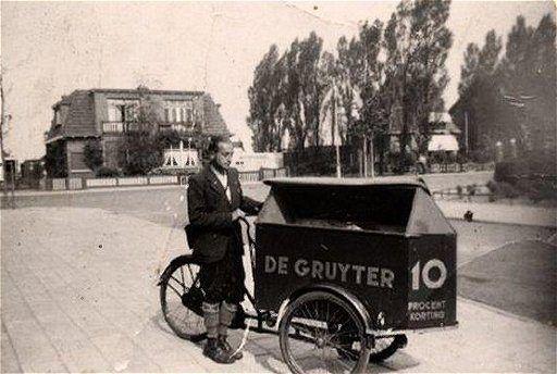bezorger van De Gruyter