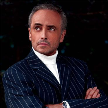 José Carreras (born 1946) is a Catalan tenor who is particularly known for his performances in the operas of Verdi & Puccini. He made his debut on the operatic stage at 11 as Trujamán in Manuel de Falla's El retablo de Maese Pedro & went on to a career that encompassed over 60 roles, performed in the world's leading opera houses & in numerous recordings. He gained fame with a wider audience as one of the Three Tenors along with Plácido Domingo & Luciano Pavarotti in a series of mass…