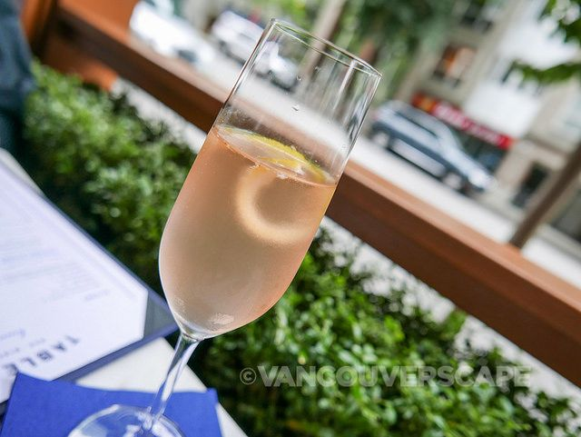 Cozy patio dining in Coal Harbour: Brunch at Tableau Bar and Bistro | #Vancouverscape