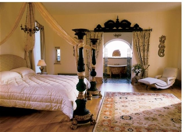 17 best images about irish styled houses and decor on for Celtic bedroom ideas