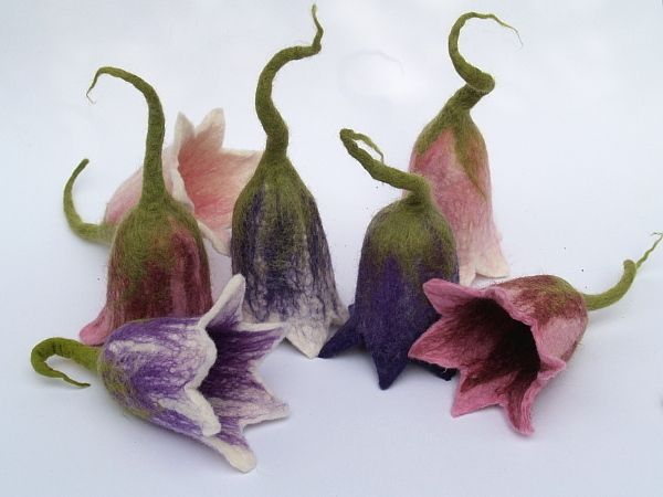 Eierwärmer - Eierwärmer**Glockenblume Romantik** - ein Designerstück von KimFilzArtiges bei DaWanda LOVE!