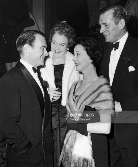 Good friends of the Oliviers John Mills and his wife Mary Hayley Bell, with Vivien and Larry at the Savoy Theatre, London November 15, 1956 Getty Images #vivienleigh #laurenceolivier #johnmills Good friends of the Oliviers John Mills and his wife Mary Hayley Bell, with Vivien and Larry at the Savoy Theatre, London November 15, 1956 The Oliviers were frequent guests of this famous hotel. One of their first encounters happened (supposedly) at their Grill Restaurant, back in 1935. There's a…
