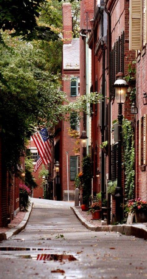 Cedar Lane Way on Beacon Hill in Boston, Massachusetts •