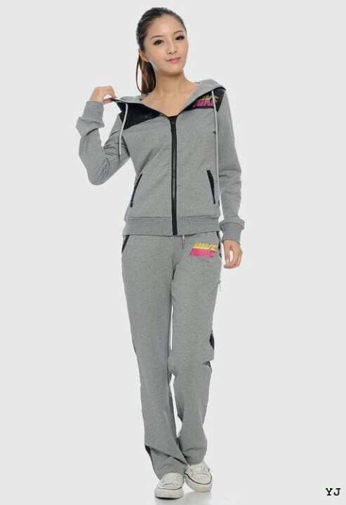 Jogging outfit | Outfits ;) | Pinterest | Jogging outfit Athletic shoes and Jogging shoes
