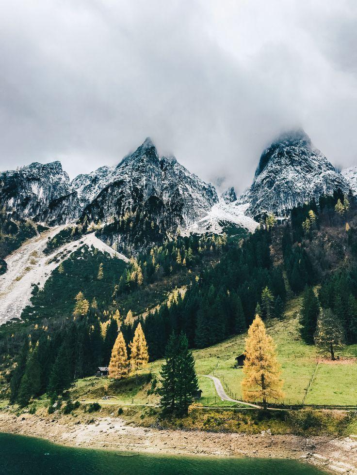 Wochenendtrip zum Gosausee, Österreich auf VANILLAHOLICA.com .  Salzburg und vor allem das Salzburger Land ist geprägt von Bergen, Seen, Bächen und unfassbar schöner Natur. Hier lässt es sich perfekt wandern, klettern und die atemberaubenden Ausblicke von den Bergen genießen. In Bezug auf Nachhaltigkeit werden viele Öko Hotels hier empfohlen, eines davon stelle ich heute am Blog vor. Ganz gleich ob für einen Tagestrip, Ausflug, oder für ein Wochenende in diesem Teil Österreichs findet…