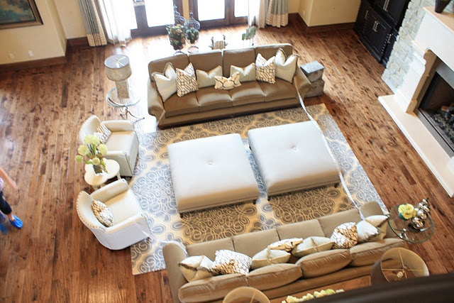 19 best small living room layout images on pinterest for Best seating arrangement for small living room