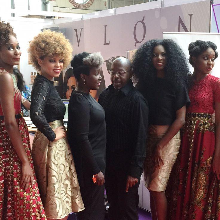 Brune, Magazine a participé au Salon Boucles D'Ebene les 30,31 mai à #Paris.Tous les talents de la communauté #afro-#caribéenne autour de la #beauté, de la #mode, de la #gastronomie, de la #culture, de l'#entrepreneuriat et des #médias Reviviez quelques moments !!!
